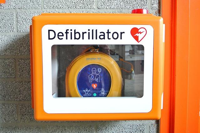 Pourquoi s'équiper de défibrillateurs pour sauver des vies ?